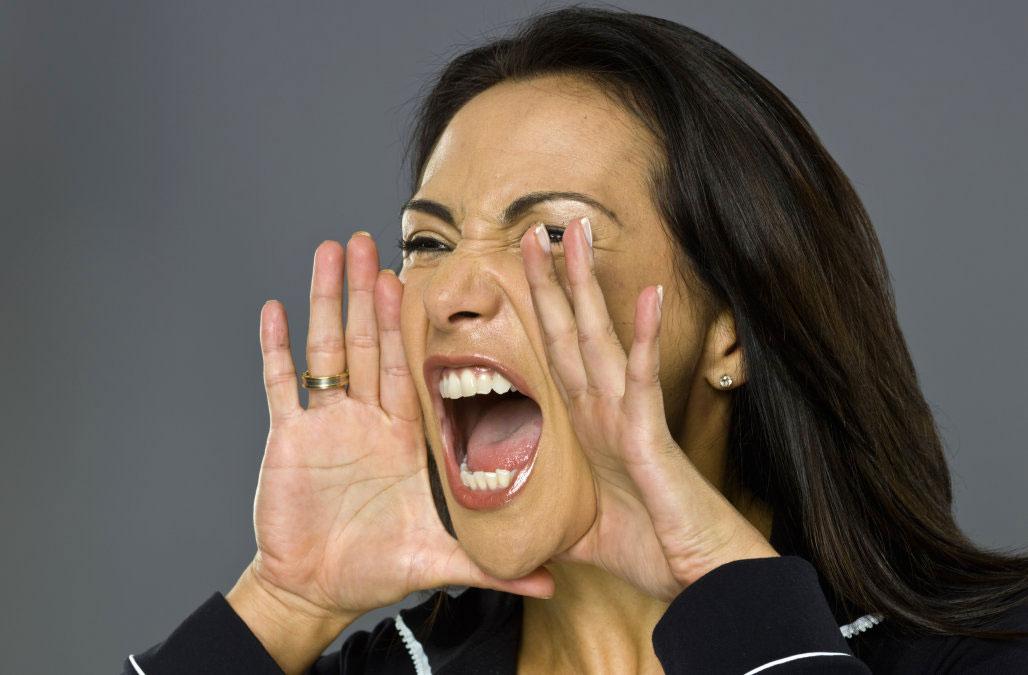 Según un estudio, maldecir y decir palabras malsonantes son señales de alta inteligencia