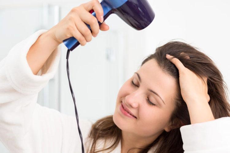 Has estado secando tu pelo de forma incorrecta durante toda tu vida