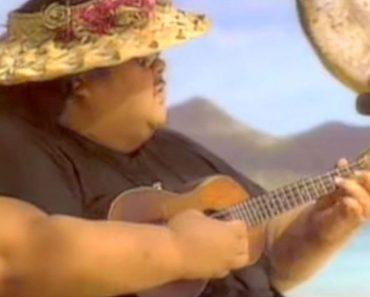 Todo el mundo conoce esta popular canción, pero muy pocos saben realmente quién la cantaba