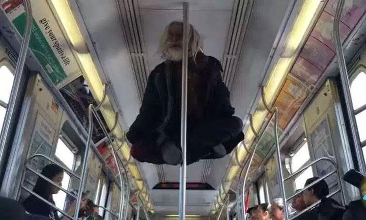 Arrasa en YouTube esta increíble levitación de un mendigo en el metro de Nueva York
