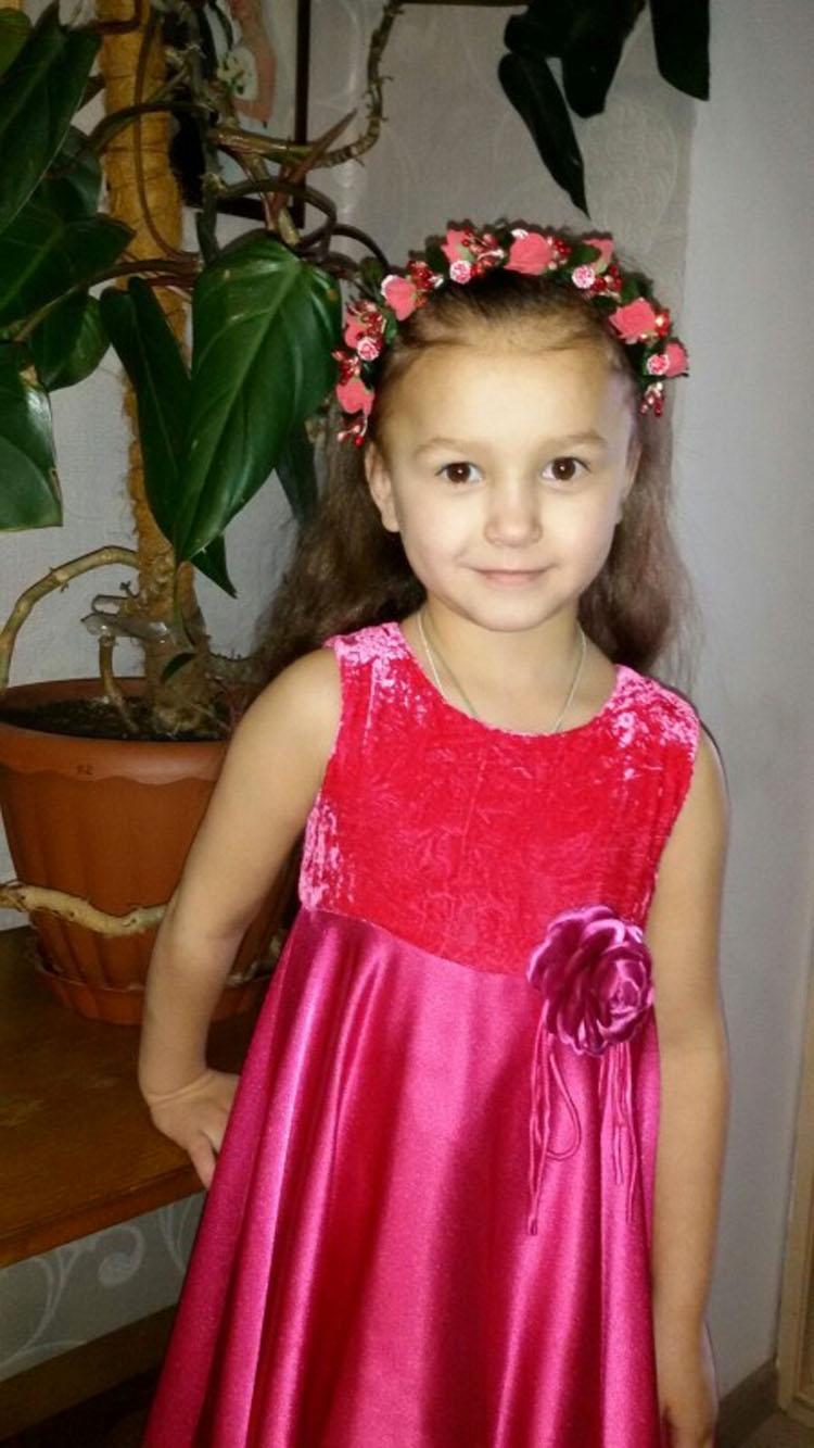 """Los médicos dijeron que dejara de """"torturar"""" a su hija moribunda y acabaron sorprendidos"""