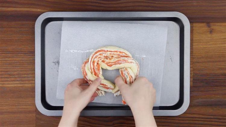 Si piensas que la masa de pizza del supermercado es sólo para pizza, mira este ingenioso truco