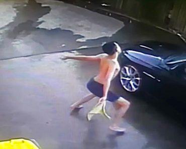 Revisando las grabaciones de seguridad de su casa advierte que su hijo actúa extrañamente en el garaje