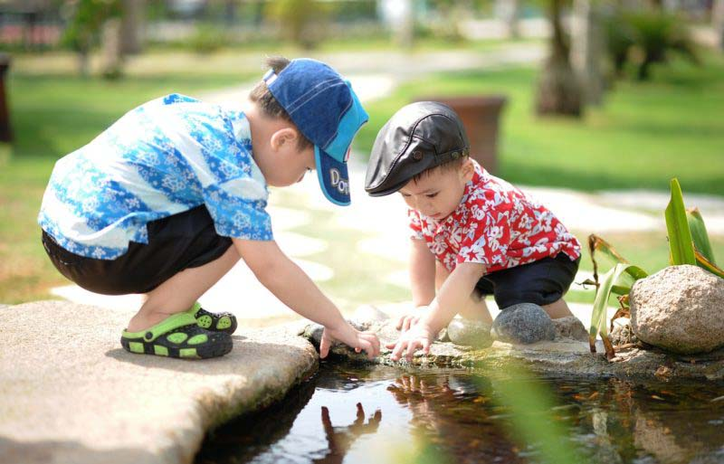 4 tipos de frases que influirán positivamente a un niño para siempre