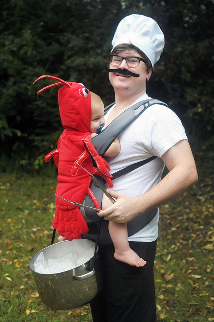 20 ideas geniales de disfraces para Halloween para padres con mochilas porta bebé 12